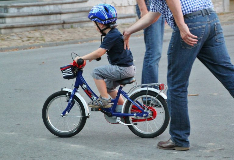 子供の自転車適正サイズと選び方を学ぼう!試乗の際のチェック項目は?
