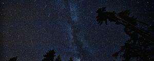 ペルセウス座流星群2017 場所のオススメはここ!穴場やアプリも!