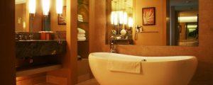 お風呂の鏡 水垢を落とす掃除方法!えっ?まだ擦ってるの!これ使ったらいいよ