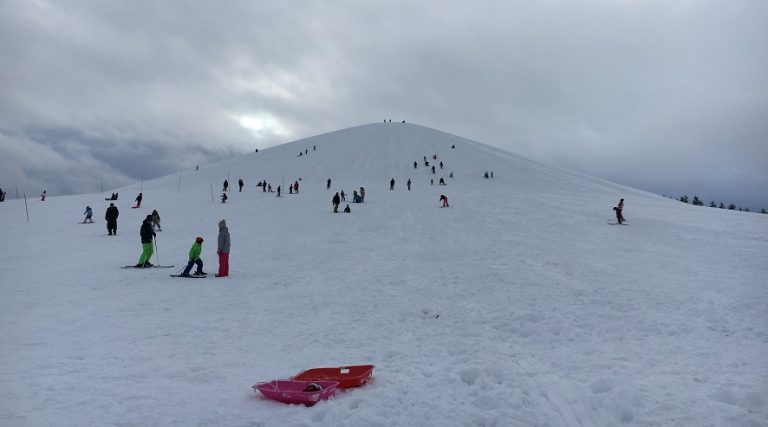 モエレ沼公園の冬はスキーの練習に最適!ソリのレンタルもあるから観光客も大満足