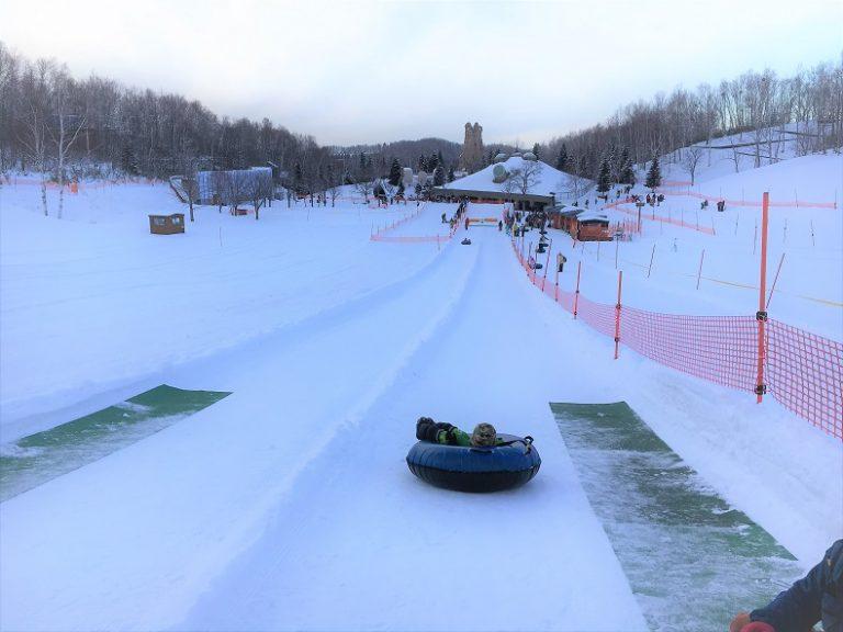 冬の滝野すずらん公園は雪遊びの聖地!スノーワールドでチューブそりやスキーを満喫