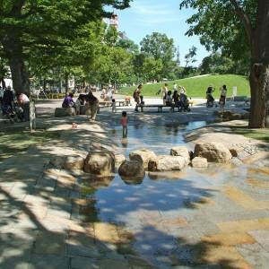 大通公園の遊水路で水遊び!通水期間と時間をチェック!都心部ですごす充実の時間