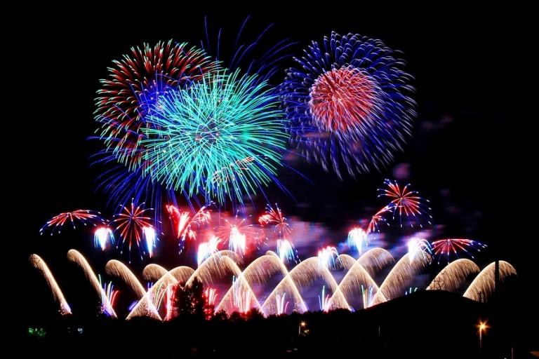 北海道の花火大会 年間スケジュール【月別一覧】夏も冬も楽しもう!