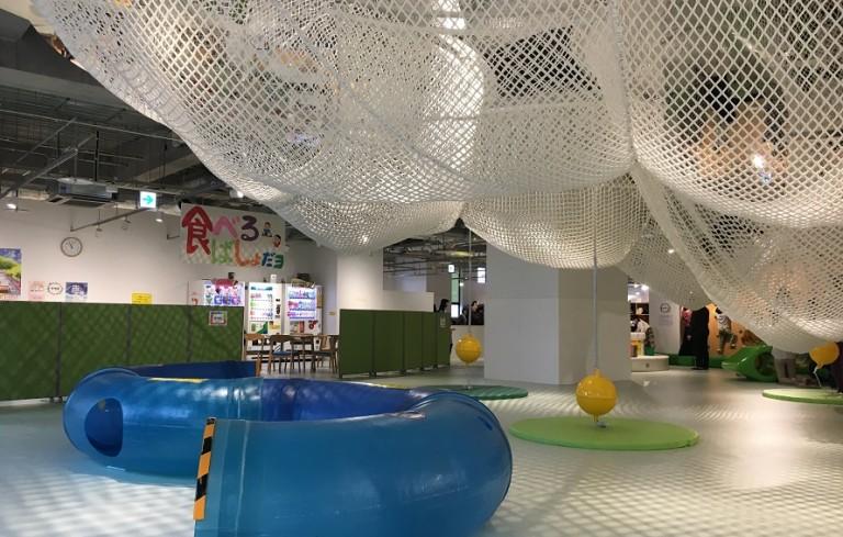 はこだてキッズプラザへ!函館の室内遊び場は低料金で楽しさは口コミどおり!