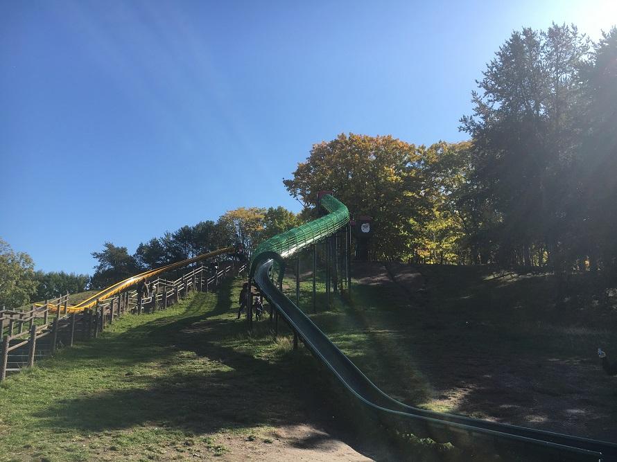 月寒公園の滑り台